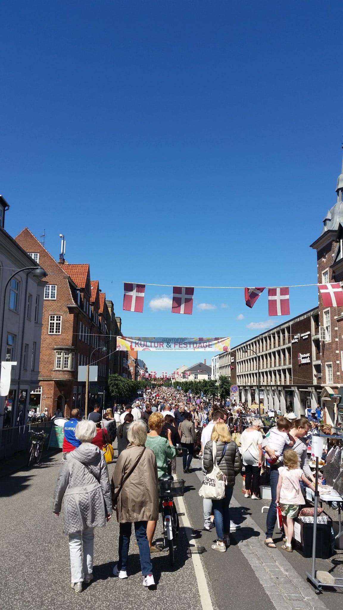 Loppemarked på Jægersborg Allé