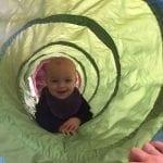 Spædbarnsmotorik for babyer 6-10 måneder