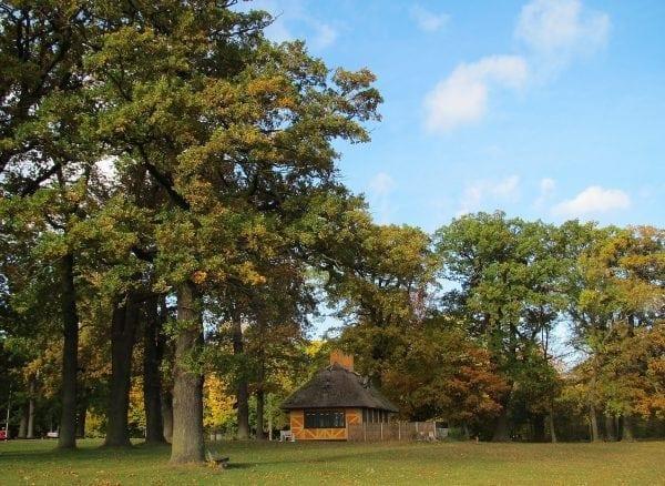 Den gule og Den røde Cottage lukker