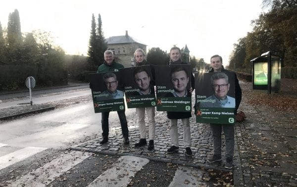 Sign-Waving på Femvejen