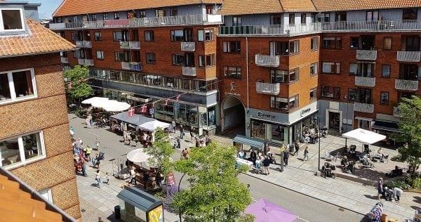 Tivolistemning og markedsdag på Gentoftegade.
