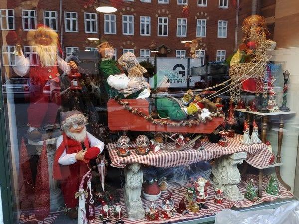 Køb dine juleblomster hos Blomsterkompagniet