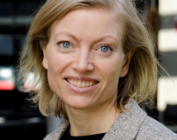 ANJA DALGAARD-NIELSEN: TRYG I EN TERRORTID