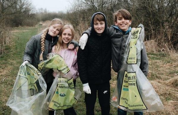Børnene slår rekord: 146.000 børn skal samle affald