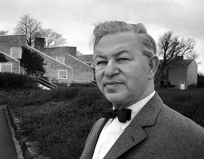 Åbent hus i Arne Jacobsens bolig ved Bellevue