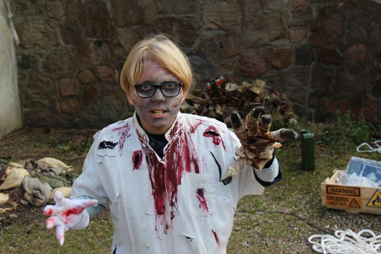 Garderhøjfortet indtages af zombier til skræk og rædsel for hele familien!